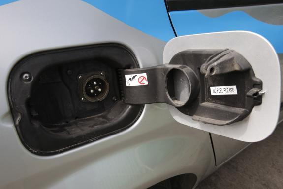 Rechargez les batteries de votre voiture aussi vite que vous faites le plein