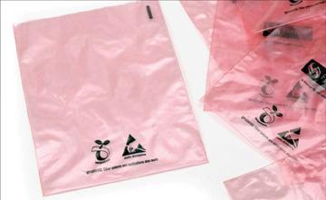 Emballage antistatique soluble dans l'eau chaude