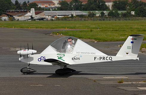 Avion de voltige électrique