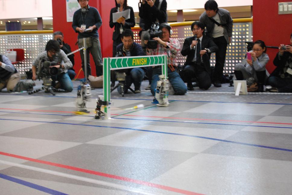 On achève bien les robots