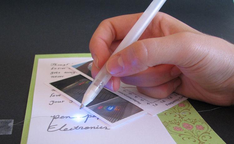 Un stylo à bille pour dessiner des conducteurs électriques