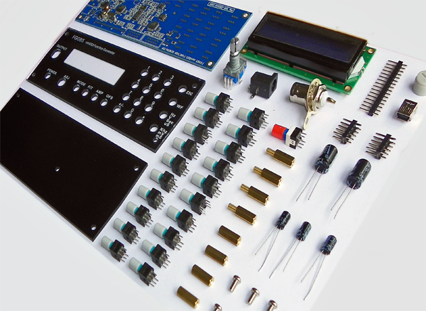 Le kit comprend tout ce qu'il faut pour assembler le générateur de fonctions FG085.