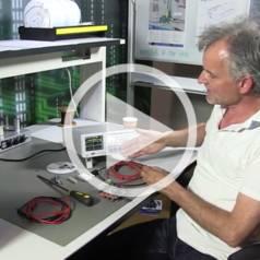 Elektor.TV | Rohde & Schwarz HMC8043 PSU Review : Qu'est-ce que ça vaut ?