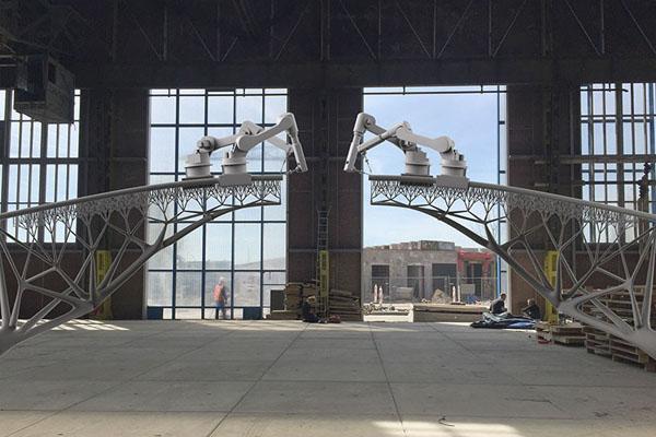 Impression 3D pour construire un pont piétonnier à Amsterdam