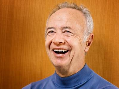 Andrew S. Grove, dit Andy Grove.